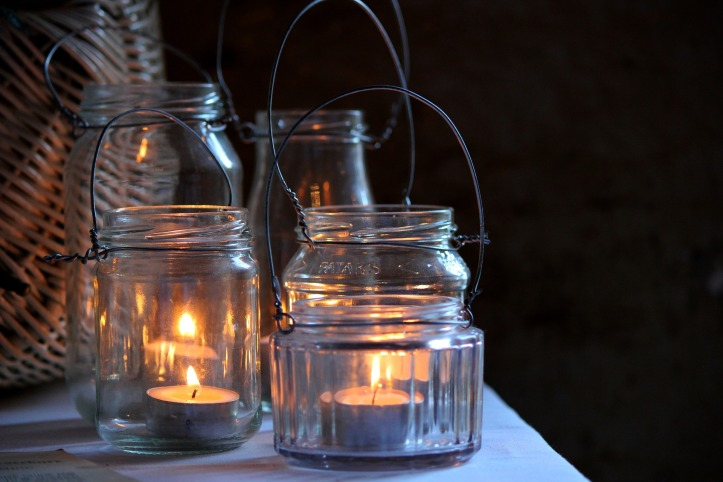 candlelight-1433175_1920